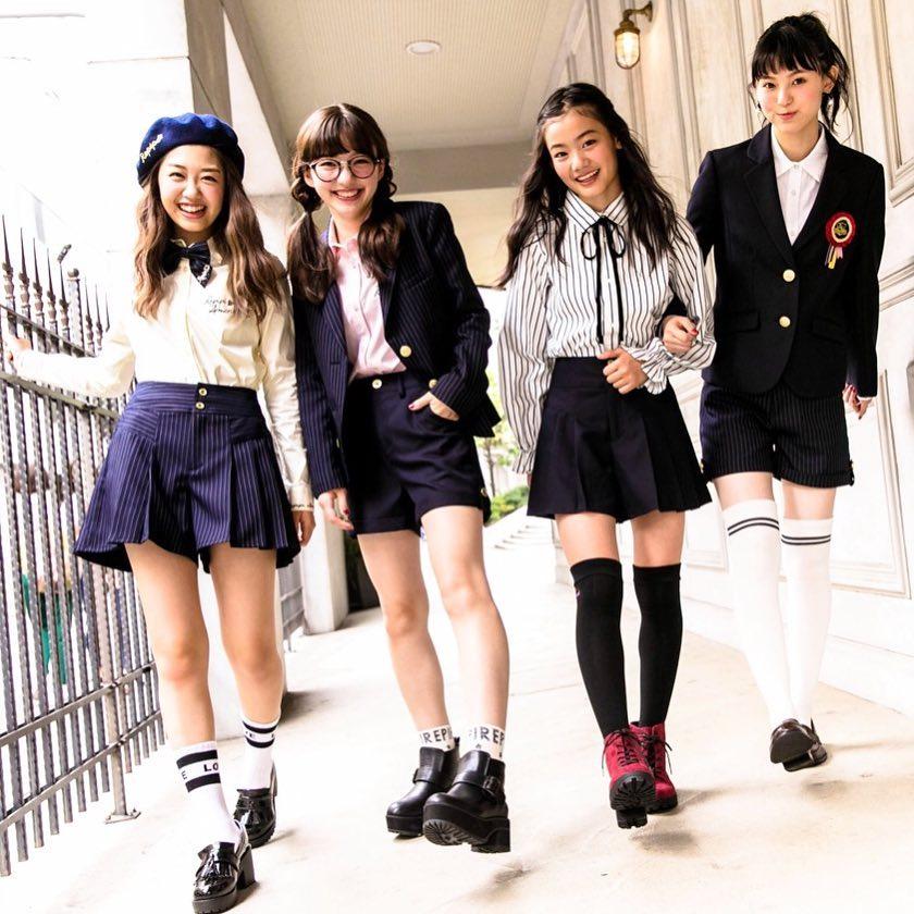 [卒服2020]全16ブランドまとめ!小学生の女の子に絶賛大人気の卒服